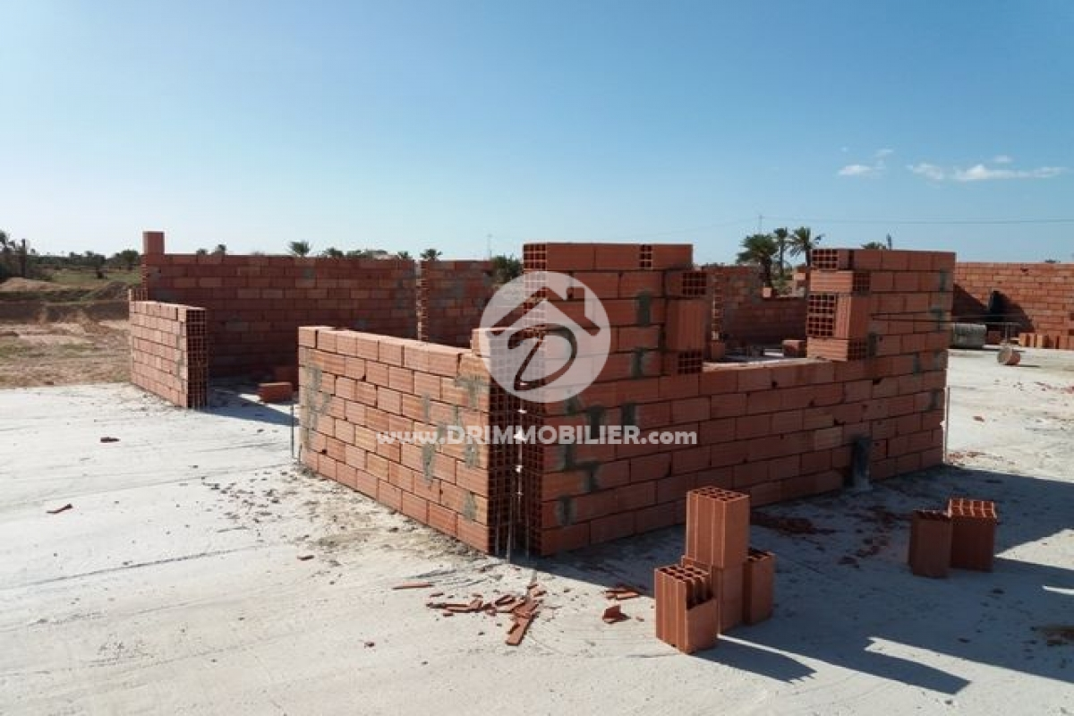 Continuation de travaux .. 'Chantier الخنانسة' -   Notre Chantiers Djerba