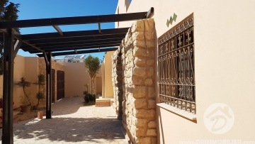 V320 -  Sale  Villa with pool Djerba